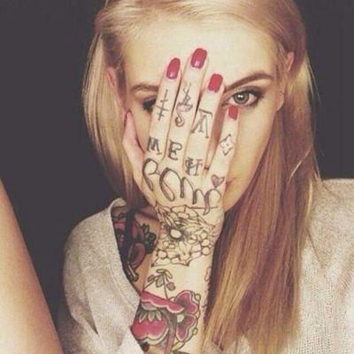 微信头像纹身女