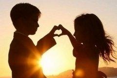 恋爱中的小情话合集 情侣之间情话